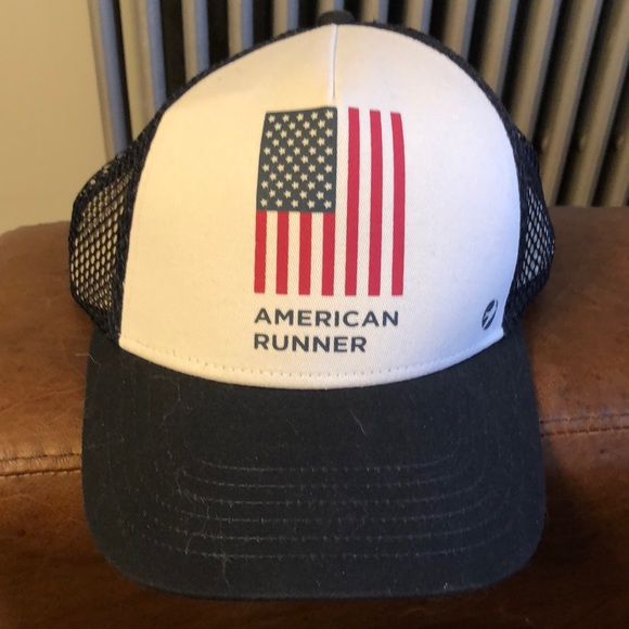 Oiselle American Runner Trucker Hat (NWT) 56b1f4c7549